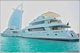 أفضل مراكز إستئجار اليخوت في دبي الامارات