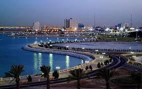أنشطة في كورنيش أبوظبي الامارات