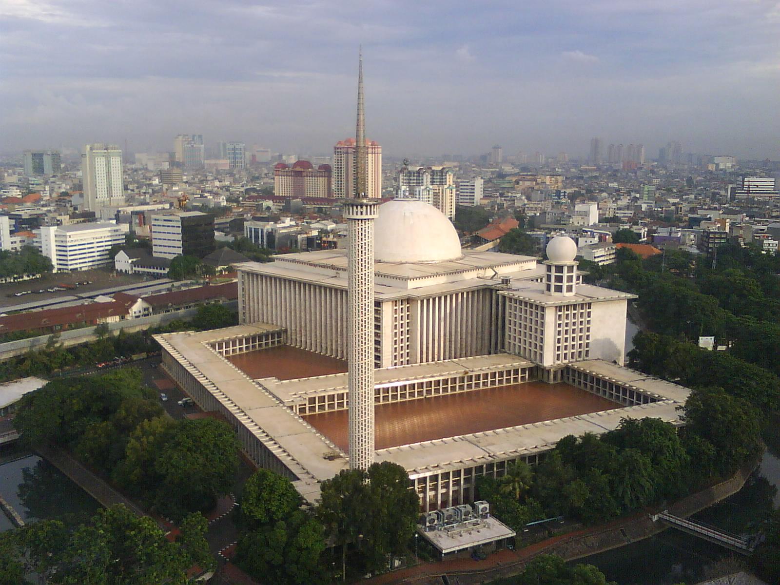 تعرف علي أفضل مساجد اندونسيا