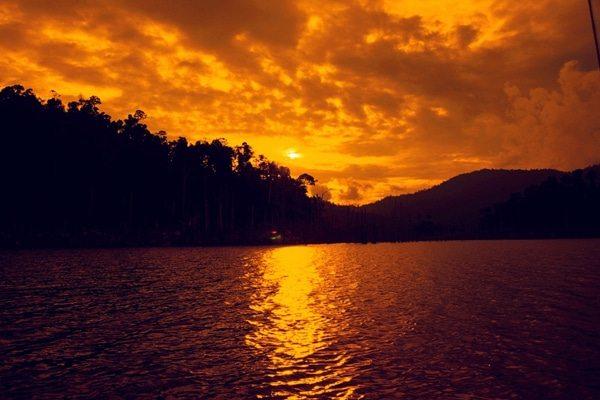 El lago Kinnier es el lago industrial más grande en el sur de Asia
