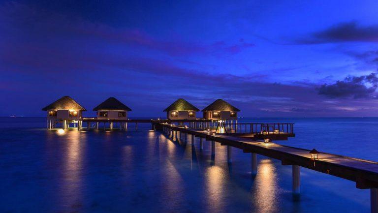 أفضل 10 من منتجعات المالديف الموصى بها لعام 2018