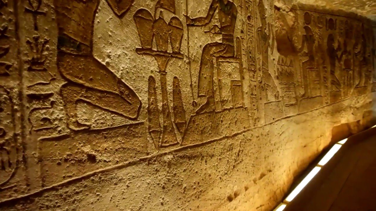 المعابد الجنائزية مصر
