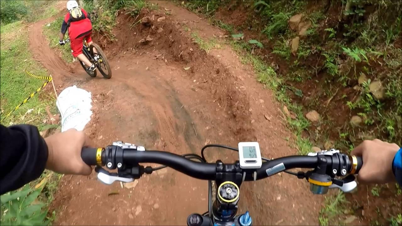 الأماكن المؤهلة لممارسة هواية  ركوب الدراجات الهوائية فى  جمهورية اندونيسيا