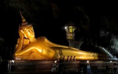 معبد بوذا المتكئ