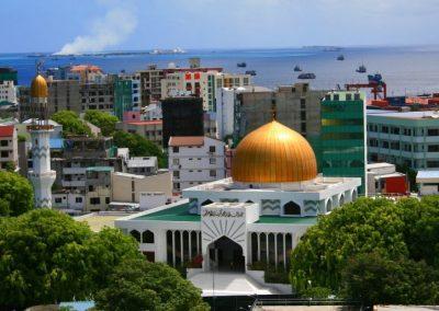 الأماكن السياحية في جزر المالديف