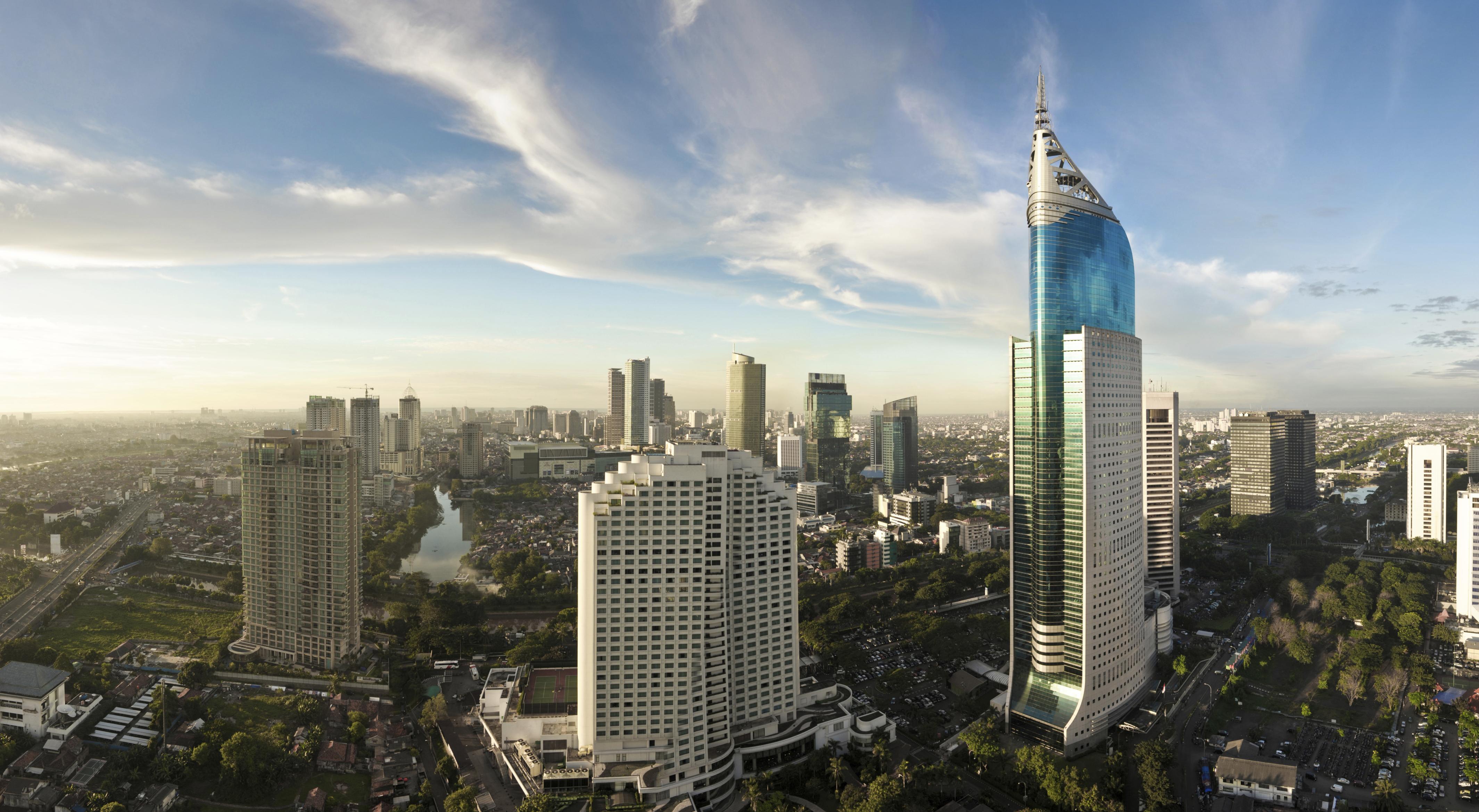 رحلات اليوم الواحد من جاكرتا اندونيسيا