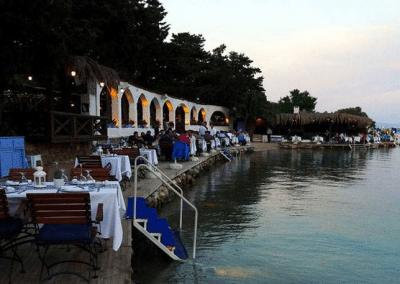 مطاعم تشيشمى في تركيا