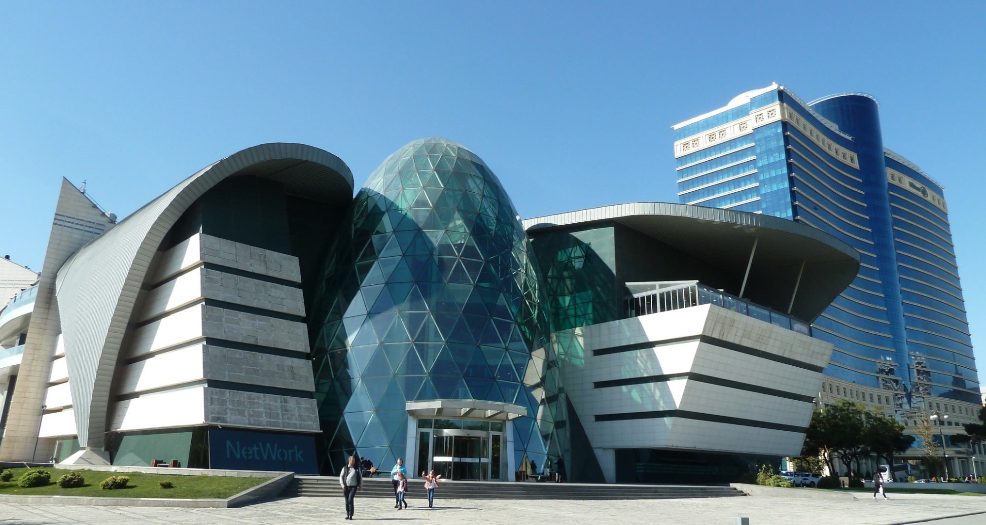 تعرف علي متاحف اذريبجان