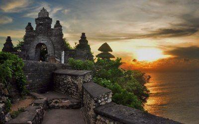 معبد أولو واتو في بالي