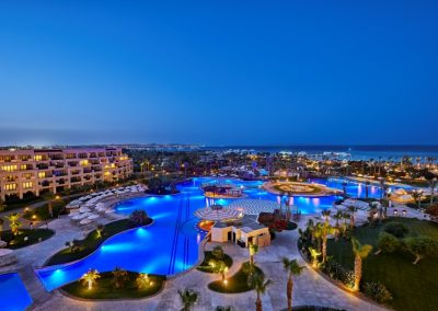 فندق شتيجنبرجر الداو بيتش Steigenberger Al Dau Beach Hotel