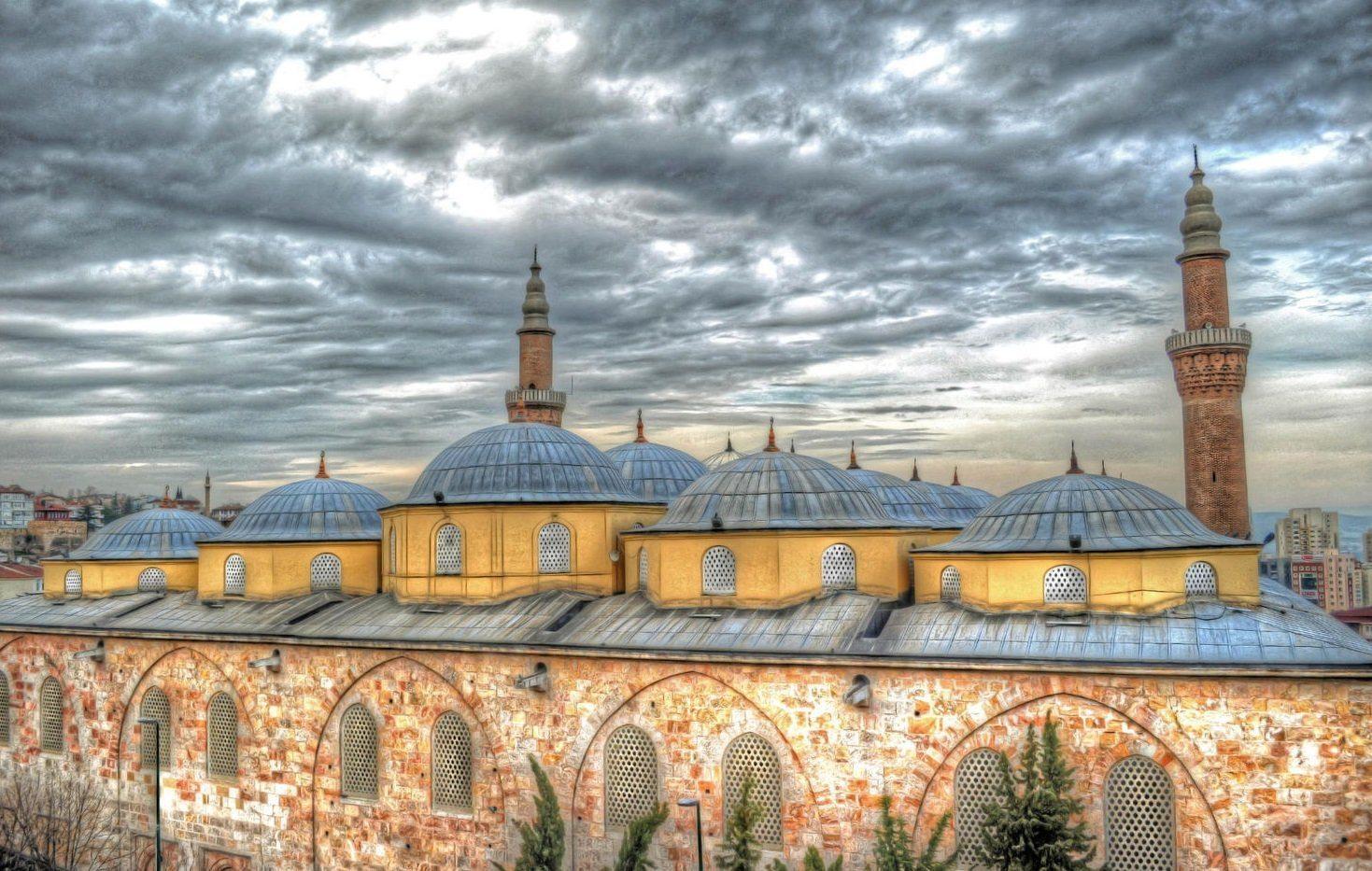 أنشطة عند زيارة جامع بورصة الكبير تركيا