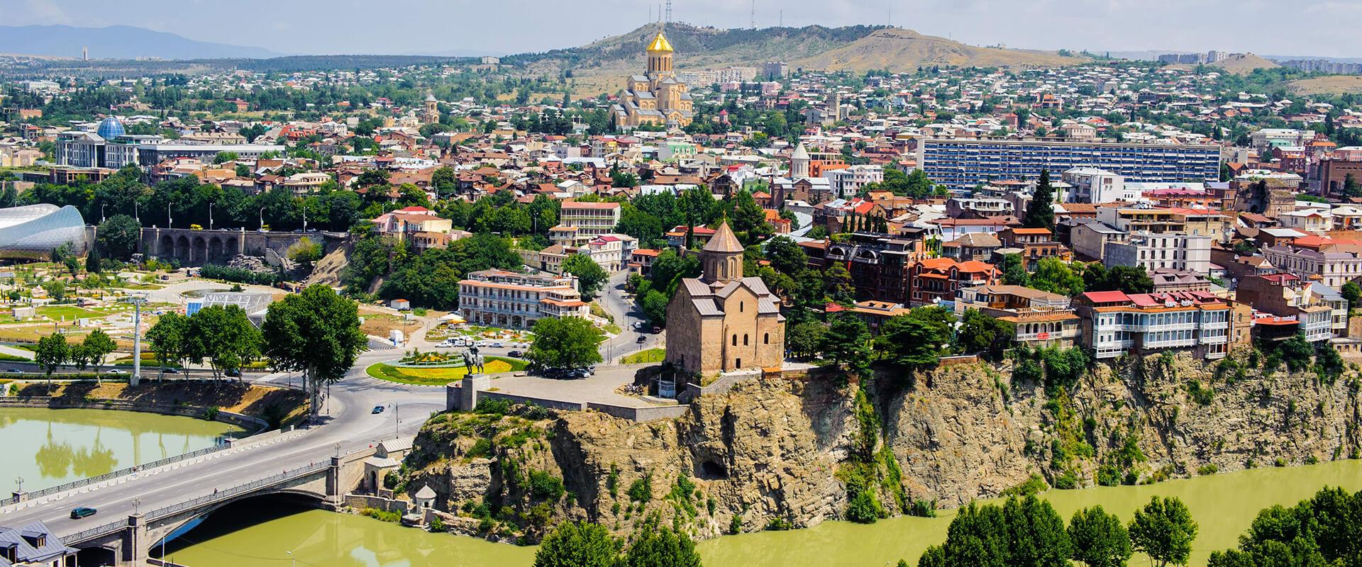 ما يجب ان تعرفه قبل السفر الي اذربيجان