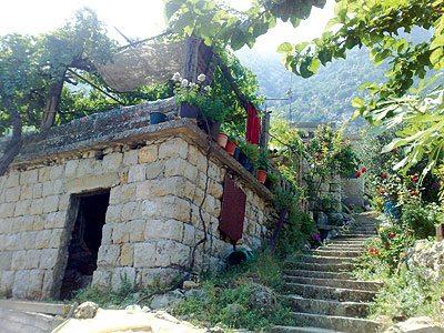مدينة جزين لبنان