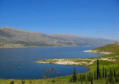 سد و بحيرة القرعون